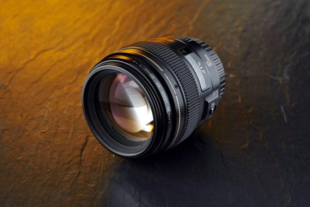 Best_portrait_lens_budget_DCM135.kit_group.Canon85_1