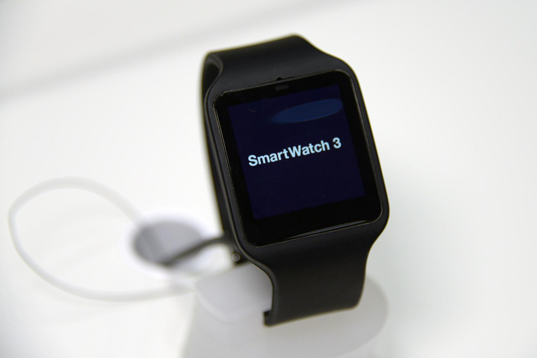 Sony Smart Watch 3 2