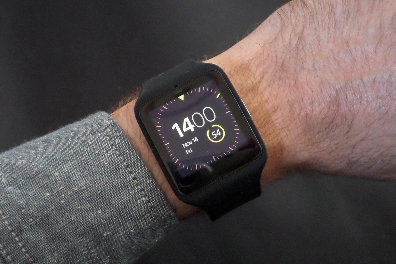 Sony Smart Watch 3 4