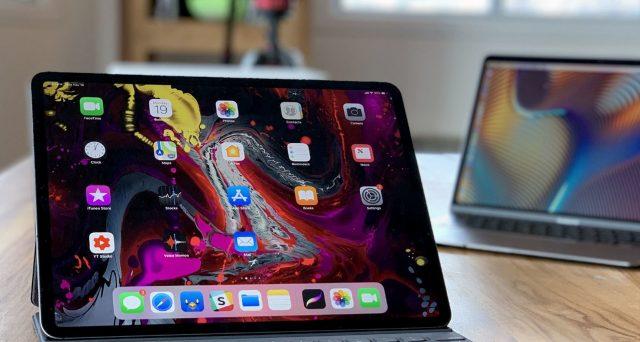 iPhone'da ve iPad'de Dosyalar Doğrudan OneDrive'a Nasıl İndirilir?